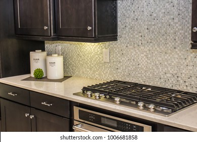New Kitchen Counter With Containers