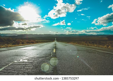New Mexico Road leading off into the horizon