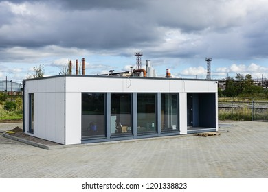 a new modular house for a small office