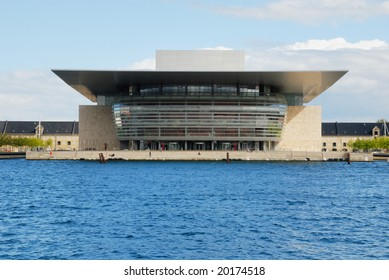 The new Opera house on the Harbor of Copenhagen.