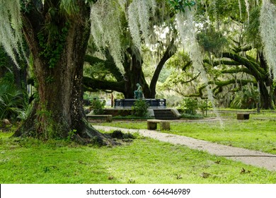 New Orleans City Park Spanish Moss and Fountain