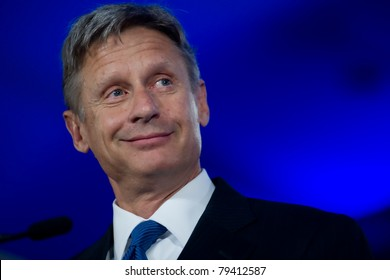 NEW ORLEANS, LA - JUNE 16: Presidential candidate Gary Johnson addresses the Republican Leadership Conference on June 16, 2011 at the Hilton Riverside New Orleans in New Orleans, LA.