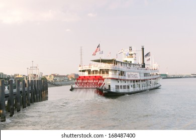 NEW ORLEANS, LOUISIANA - AUGUST 2:  An old time steamboat leaves the dock and heads into the Mississippi River on August 2, 2010 in the French Quarter of New Orleans.