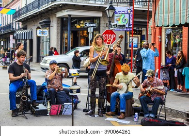 NEW ORLEANS, LOUISIANA USA- FEB 2 2016: An unidentified  local jazz band performs  in the New Orleans French Quarter on, to the delight of visitors in town