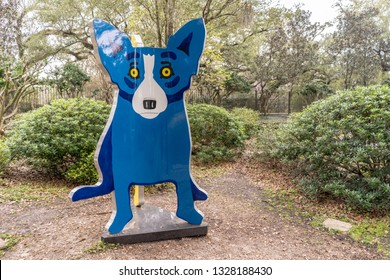New Orleans, Louisiana / USA - February 16, 2019: The We Stand Together sculpture by George Rodrigue, in the beautiful Sculpture Garden outside the New Orleans Museum of Art (NOMA).