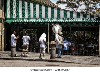 NEW ORLEANS / UNITED STATES - JULY 7, 2011: Cafe Du Monde in New Orleans, a landmark coffee stand famous for their beignets.