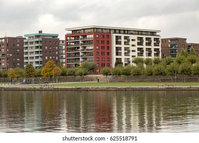 New residential building on the lake in Frankfurt Germany, Luxury Apartments on the water front in Germany