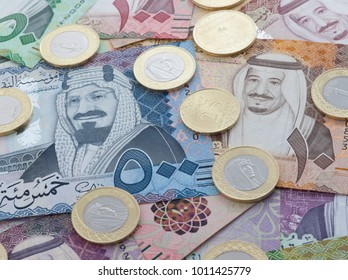 New Saudi Riyal Banknotes and Coins showing King Salman of Saudi Arabia