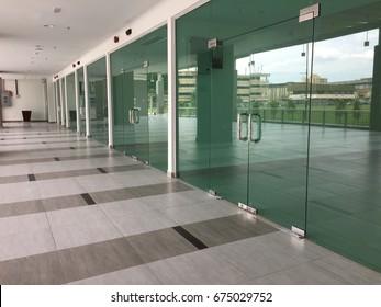 New shop lot with glass door