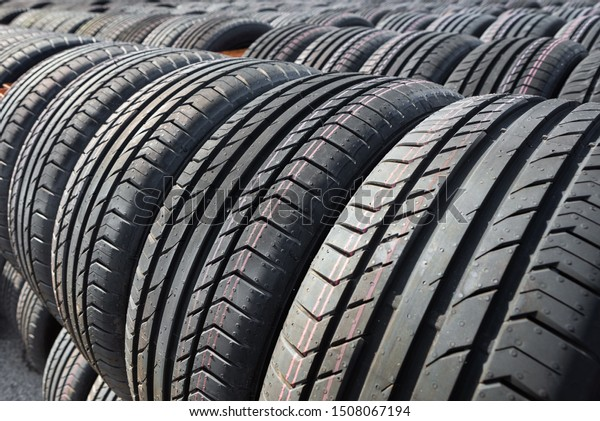 Tires Near Me Open Now >> New Tires Sale Tire Store Car Stock Photo Edit Now 1508067194