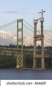 New tower being built at Tacoma Narrows Bridge