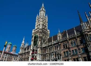 New Town Hall (Neues Rathaus) with the Rathaus Glockenspiel. Neogothic building at Mary's Square (Marienplatz). Munich, Germany