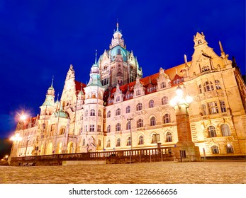 New Town Hall Neues Rathaus with lights at night view. Hanower. Germany