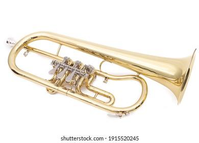 Neue Trompete einzeln auf weißem Hintergrund.
