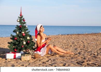 new year 2018 Christmas tree Beach Resort Sea girl