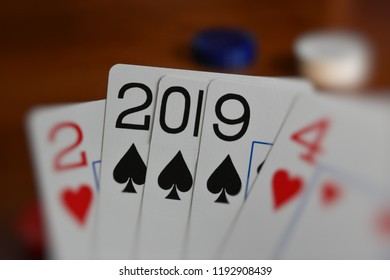 New Year 2019 Depicted in Impossible Poker Hand
