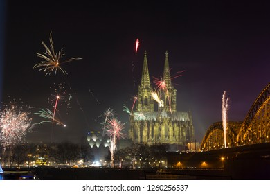New Year's Eve fireworks display near the cathedral in Cologne, Germany