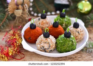 """New Year's salad """"Christmas balls"""""""