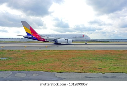 NEW YORK -20 OCT 2018- A super jumbo double-decker Airbus A 380 airplane from South Korean airline Asiana (OZ) at the John F. Kennedy International Airport (JFK). Airbus will stop the A380 in 2021.