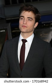 """NEW YORK - APRIL 17: Robert Pattinson attends the premiere of """"Water For Elephants"""" at the Ziegfeld Theater on April 17, 2011 in New York City."""