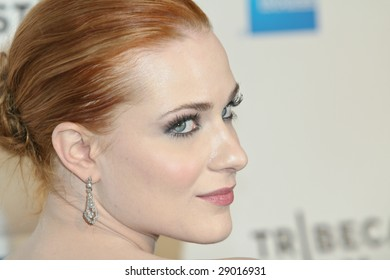 NEW YORK - APRIL 22: Actress Evan Rachel Wood attends the 8th Annual Tribeca Film Festival 'Whatever Works' premiere at Ziegfeld Theatre on April 22, 2009 in New York.
