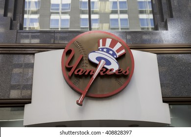 NEW YORK - AUGUST 17: Entrance to Yankee store in New York, United States America. Photo taken on: August 17th, 2015.