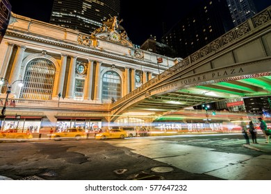 NEW YORK - AUGUST 31, 2016: traffic at grand central station main entrance