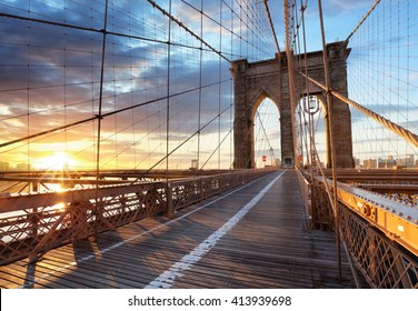 New York, Brooklyn bridge, Lower Manhattan, USA