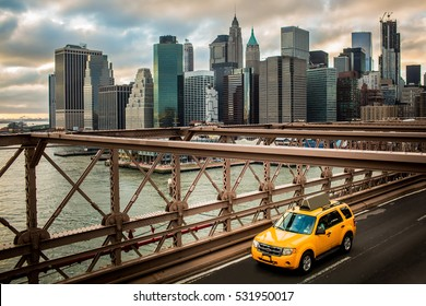 New York Cab Taxi Brooklyn Bridge
