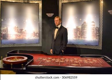 NEW YORK - CIRCA 2011: Daniel Craig aka James Bond in Casino Royale wax figure in Madame Tussaud's museum in New York