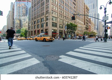 NEW YORK, CIRCA AUGUST 2014: Typical traffic at the intersection between Madison Ave and the 34th street in Manhattan