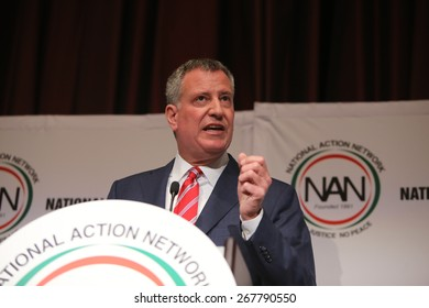 NEW YORK CITY - APRIL 8 2015: a ribbon cutting ceremony opened National Action Network's 17th annual convention at the Times Square Sheraton as mayor de Blasio & other elected officials presided