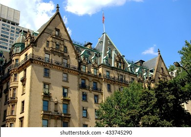 New York City - August 21, 2004:  The legendary Dakota luxury apartment building at West 72nd Street and Central Park West