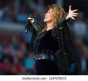 NEW YORK CITY,  - AUGUST 28 : Shania Twain at the 2017 US Open Grand Slam tennis tournament