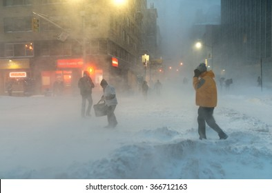New York City Blizzard, 23.01.2016, Manhattan, 6 ave and 56 str.