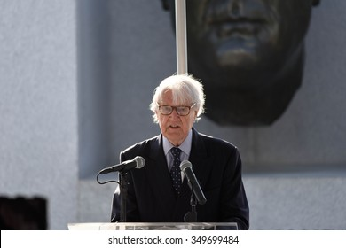 NEW YORK CITY - DECEMBER 10 2015: the 67th anniversary of the UN Univeral Declaration of Human Rights observed with laying of wreath at Four Freedoms Park on Roosevelt Island. William J vanden Heuvel