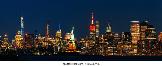 New York City downtown skyline at night with architecture