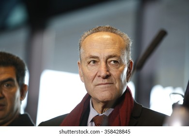 NEW YORK CITY - JANUARY 4 2015: Mayor de Blasio & senator Schumer greeted morning commuters with new benefits available to lower the cost of public transportation. Senator Charles Schumer.