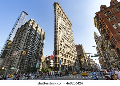 New York City - July 21, 2016: Historic Flatiron Building in Manahattan, NY on July 21, 2016.