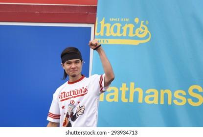 NEW YORK CITY - JULY 4 2015: Nathan's Famous held its annual fourth of July hot dog eating contest in Coney Island, Brooklyn. Challenger Matt Stonie introduced to the audience