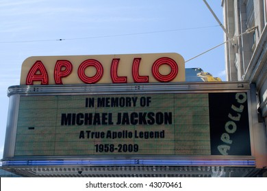 """NEW YORK CITY - JULY 5:  Sign outside of Apollo Theater saying """"In Memory of Michael Jackson. A True Apollo Legend. 1958-2009"""" on July 5, 2009 in New York City, USA."""