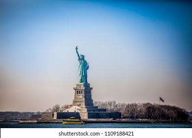 new york city  manhattan  new york city brooklyn  wallstreet börse Freiheitsstatue