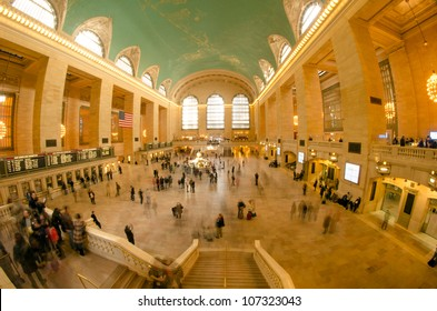 New York City - Manhattan Grand Central Station with people walking - Blur