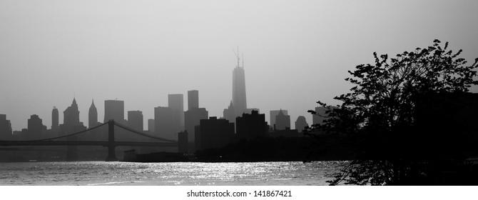 New York City Manhattan skyline panorama with Manhattan Bridge