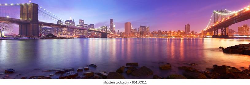 New York City Manhattan skyline panorama with Brooklyn Bridge and Manhattan Bridge