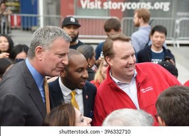 NEW YORK CITY - MARCH 23 2016: Mayor de Blasio, Chirlane McCray, Melissa Mark-Viverito & HUD director Julian Castro highlighted a rally in Foley Square. Mayor de Blasio with Donovan Richards & fan.