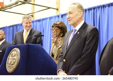 NEW YORK CITY - MARCH 31 2015: mayor Bill de Blasio & other elected officials held a press conference in Red Hook to announce a FEMA grant of 3 billion dollars to the NYCHA for infrastructure upgrades