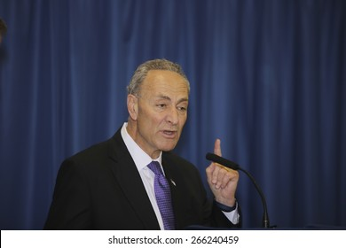 NEW YORK CITY - MARCH 31 2015: mayor de Blasio & senator Charles Schumer held a press conference with Brooklyn elected officials to announce a 3 billion dollar FEMA grant to the NYCHA. Charles Schumer