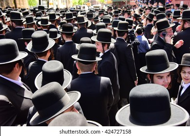 NEW YORK CITY - MAY 18 2016L Hundreds of Satmar Hasidim filled the streets of Williamsburg to mourn the sudden death of Isaac Rosenberg.