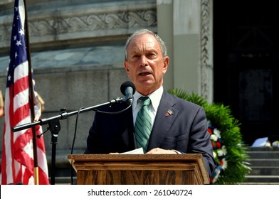 New York City - May 28, 2012:  Mayor Michael Bloomberg speaking at the 2012 Memorial Day Remembrance Ceremonies at the Soldiers' and Sailors' Monument in Riverside Park